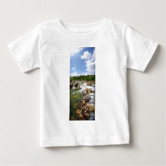 バートンの入り江-オースティン、テキサス州- 3マイルの滝 ベビーTシャツ