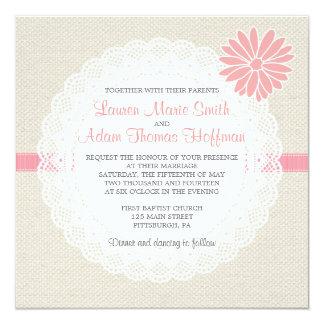 バーラップおよびレースの結婚式招待状の珊瑚のピンク カード