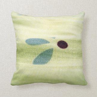 バーラップのデザインの枕 クッション