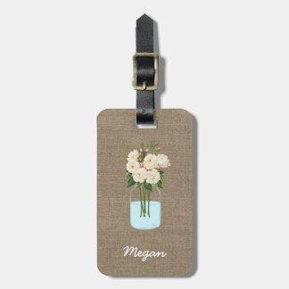 バーラップの名前入りな白い花のメーソンジャー ラゲッジタグ