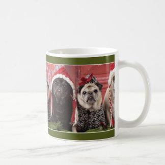 パグおよびキスによるクリスマスのパグのマグの魔法 コーヒーマグカップ