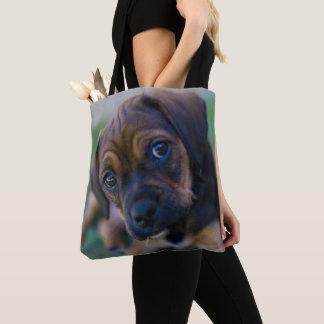 パグの十字のビーグル犬の子犬(Puggle) トートバッグ