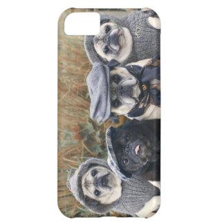 パグの秋のファッションの電話箱 iPhone5Cケース