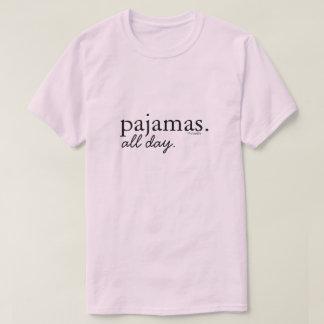 パジャマ。 1日中。 Tシャツ