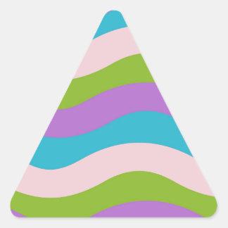 パステルの波は縞で飾ります 三角形シール