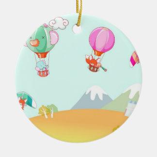 パステルカラーの背景の熱気の気球 セラミックオーナメント