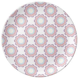 パステルカラーの花模様 磁器プレート