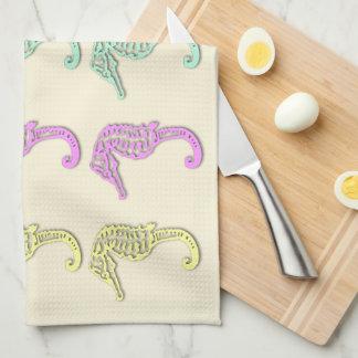 パステル調のタツノオトシゴパターン2台所タオル キッチンタオル