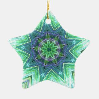 パステル調のティール(緑がかった色)青い星形のマンデラ セラミックオーナメント