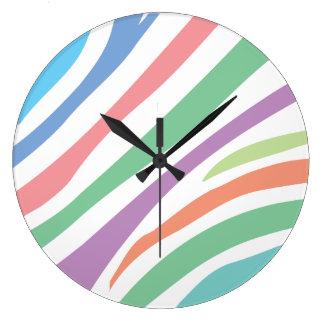パステル調のトラのプリント ラージ壁時計