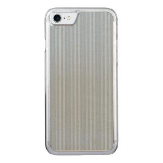 パステル調の空色の縦ストライプ CARVED iPhone 8/7 ケース