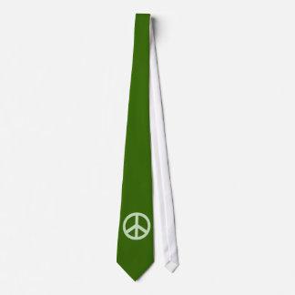 パステル調の緑のピースサイン オリジナルタイ