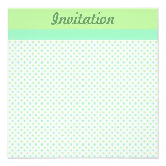パステル調の緑の水玉模様の招待状 カード