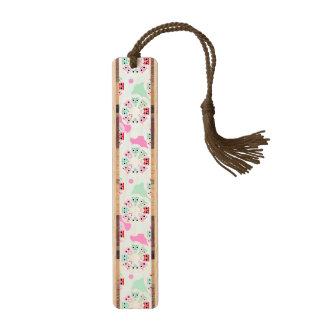 パステル調の花のフクロウの背景パターン ブックマーク