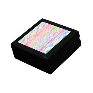 パステル調の虹のストライプなギフト用の箱 ギフトボックス
