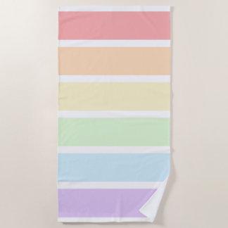 パステル調の虹のストライプのなビーチタオル ビーチタオル