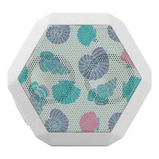 パステル調の貝殻パターン1 ホワイトBluetoothスピーカー