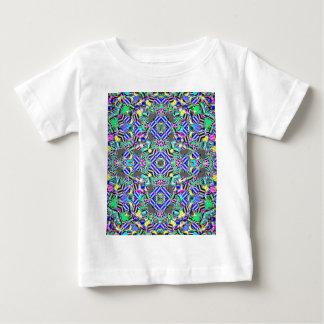 パステル調のKaleidescope ベビーTシャツ