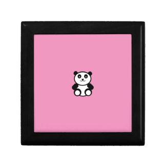 パステル調ピンクのかわいいパンダ ギフトボックス