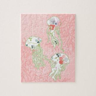 パステル調ピンクの背景のクラゲ ジグソーパズル