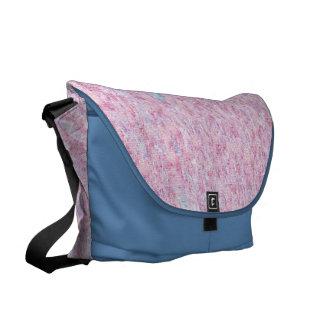 パステル調ピンクの青い紫色の走り書き旅行バッグ メッセンジャーバッグ