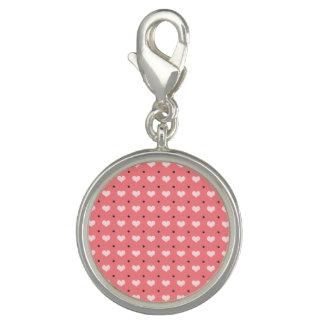 パステル調ピンク赤い愛ハート、水玉模様パターン チャーム