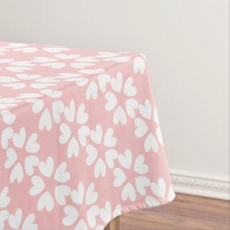 パターン(の模様が)あるなかわいらしいピンクの白く甘い愛ハート テーブルクロス