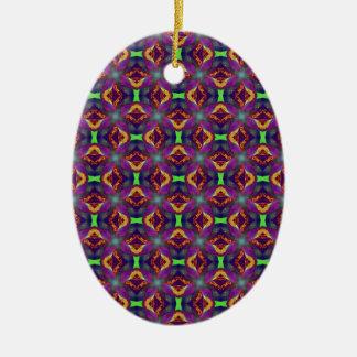 パターン(の模様が)あるな紫色のチューリップのフラクタル セラミックオーナメント