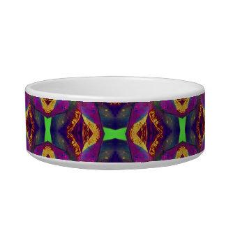 パターン(の模様が)あるな紫色のチューリップのフラクタル ボウル