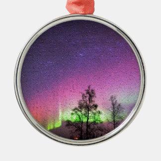 パチパチ鳴る音の質の芸術のNorthern Lightsの空アラスカ メタルオーナメント