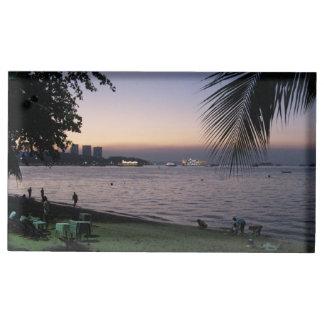 パッタヤーのビーチの日没… Chonburi、タイ テーブルカードホルダー