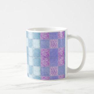 パッチワークのぼろぼろの上品11のozのクラシックで白いマグ コーヒーマグカップ