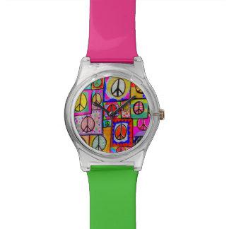 パッチワークのピースサインの腕時計 腕時計