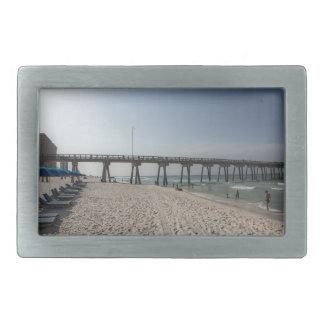 パナマ市のビーチ桟橋のラウンジチェア 長方形ベルトバックル
