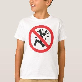 パニックに陥らないで下さい! Tシャツ