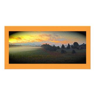 パノラマ式の農場の日の出 カード