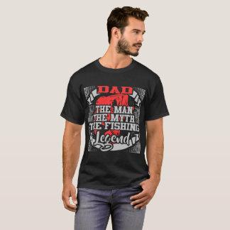 パパ人神話魚釣りの伝説 Tシャツ
