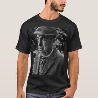 パブロのneruda tシャツ