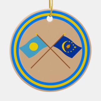 パラオ諸島およびKororによって交差させる旗 セラミックオーナメント