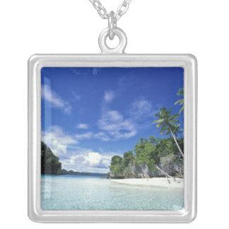 パラオ諸島の石の島、新婚旅行の島、世界 シルバープレートネックレス