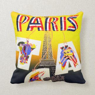パリのヴィンテージ旅行枕 クッション