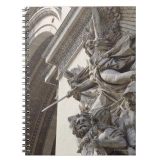 パリの凱旋門のレリーフ、浮き彫りの彫刻、 ノートブック