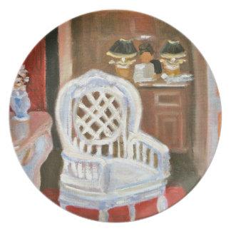 パリの骨董屋のプレート プレート