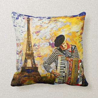 パリのAccordionistの枕 クッション