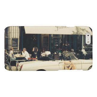 パリ、フランスのCHez Julienの絵のようなカフェ マットiPhone 6ケース