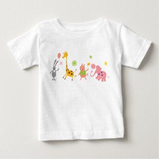 パレードの動物 ベビーTシャツ