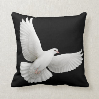 パロマの飛行白の鳩の枕 クッション