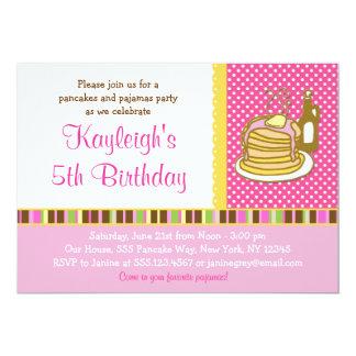 パンケーキおよびパジャマの女の子の誕生日の招待状 カード
