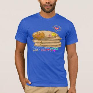 パンケーキは私を幸せにさせます Tシャツ
