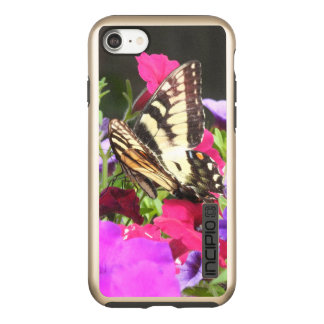 パンジーの黄色いトラのアゲハチョウの蝶 INCIPIO DualPro SHINE iPhone 7ケース